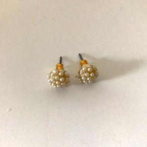 5/$10 Gold Pearl Stud Earrings